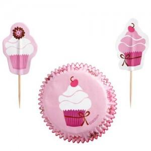 Muffinsformar med dekorationer - cupcakes
